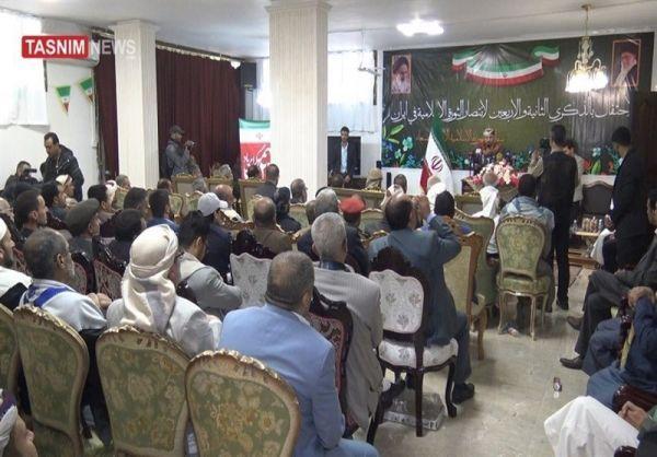 الحرس الثوري الايراني يحتفل بـ«ثورة الخميني» في صنعاء ويعلن غزو اليمن