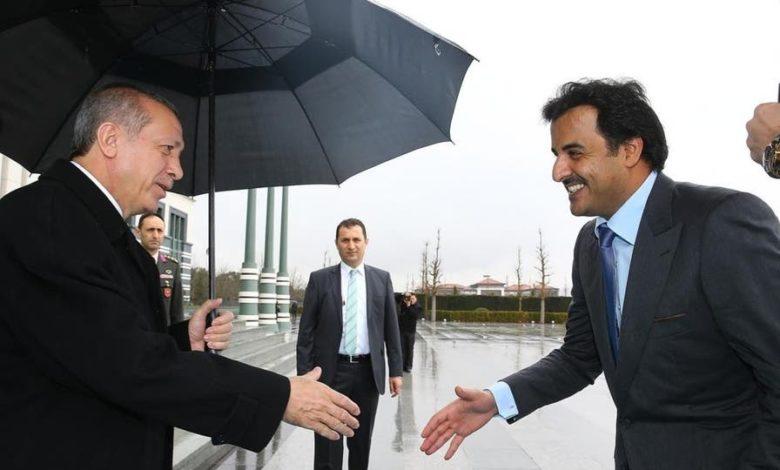 """صورة ما حقيقة توتر العلاقة بين تركيا وقطر؟ """"الدوحة وانقرة من الحب إلى العداء"""" فيديوجراف"""