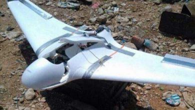 صورة قوات الجيش الوطني تسقط طائرة حوثية مفخخة.