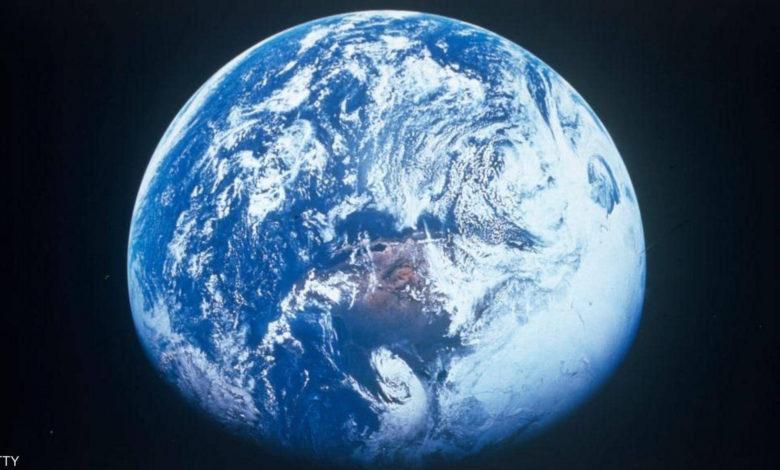 """صورة علماء يحددون موعد التحام القارات """"الأرض تتزحزح"""""""