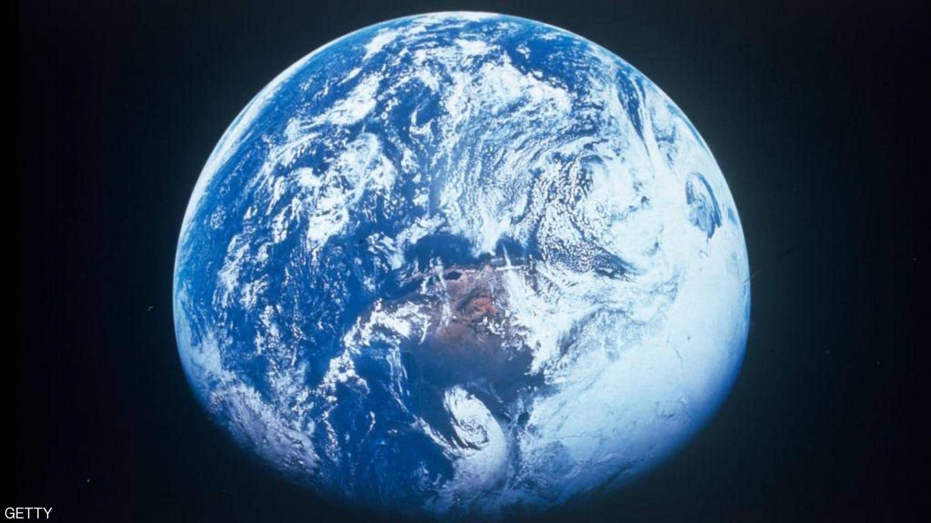 """علماء يحددون موعد التحام القارات """"الأرض تتزحزح"""""""