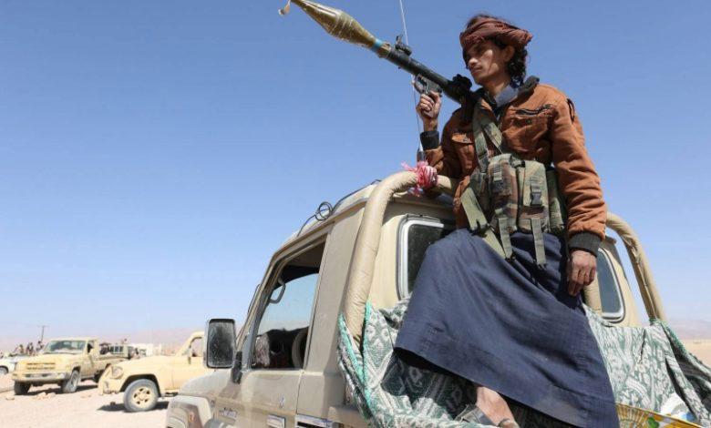 الحكومة اليمنية تتحدى إرهاب الحوثي بـ7 ملفات