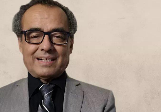 صورة رئيس العلاقات الخارجية بالمجلس الانتقالي يكشف مصير الحكومة الجديدة واتفاق الرياض بعد القرارات الأخيرة للرئيس