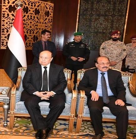 صورة هل يكرر هادي والأحمر سيناريو صنعاء 2014 في الجنوب؟