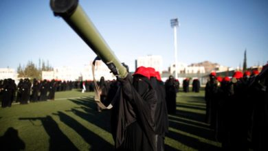 صورة لبنانية ويمنية ..الحوثي يستخدم النساء في الجبهات والجيش يؤكد ذلك( تفاصيل )