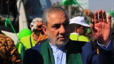 صورة الحاكم الفعلي لصنعاء يهاجم السعودية ويعلن رفض المبادرة لإنهاء الحرب في اليمن ومايكل آرون يرد على حسن إيرلو