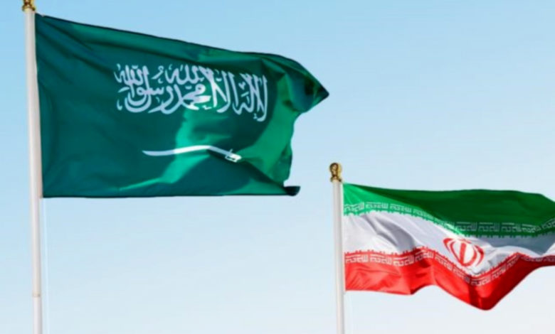 صورة قائد رفيع في الحرس الثوري: التحالف العربي بقيادة السعودية يتوسل إلى إيران للخروج من أزمة اليمن
