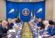 صورة تعرف على أبرز ما دار في اللقاء الذي جمع رئيس المجلس الانتقالي عيدروس الزُبيدي بوفد الاتحاد الأوروبي بالعاصمة عدن؟