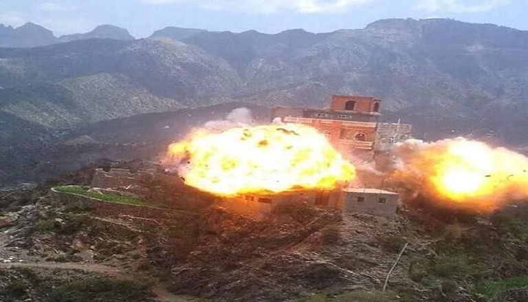تكريسا لنهجها التدميري.. تفجير منازل اليمنيين نهج الحوثيين المفضل