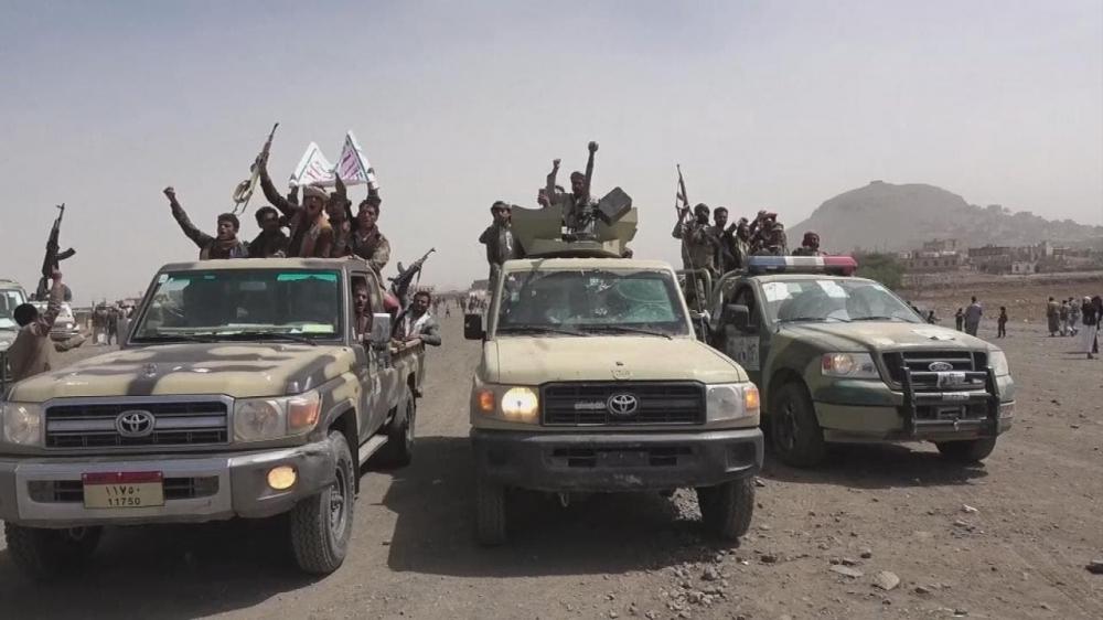 تعزيزات عسكرية تابعة لمقاتلي مليشيات الحوثي في اليمن