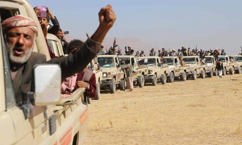 انفجار الوضع بين الحوثيين والقبائل واندلاع مواجهات عنيفة بالسلاح الثقيل والتعزيزات تتوافد الان للطرفين