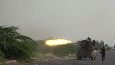 صورة القوات المشتركة تُفشل تحركات مكثفة للمليشيات الإرهابية الحوثية جنوب الحديدة وتتعامل مع تعزيزاتها