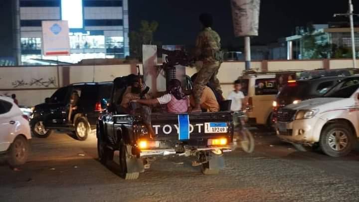 صورة عدن.. اغتيال مسؤول أمني وإصابة مرافقيه في ثاني هجوم مسلح خلال ساعات