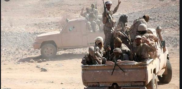صورة مصدر عسكري .. الحوثييون ينسحبون بشكل مفاجئ من مختلف الجبهات بمحافظة مأرب.