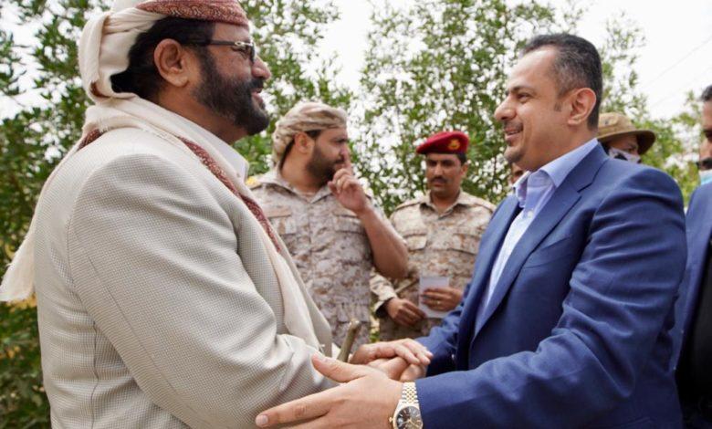 صورة عاجل: مليشيات الحوثي تقصف مأرب بصاروخيين باليستيين بالتزامن مع تواجد رئيس الوزراء والانفجارات تهز المدينة
