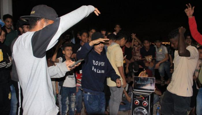 """صورة الراب اليمني.. وسيلة شباب عدن لمواجهة هموم الحرب """"صور"""""""