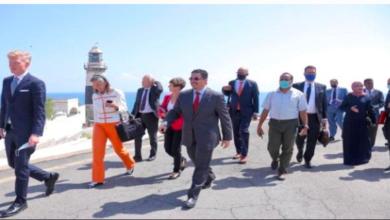 صورة لعقد لقاءات مع أطراف سياسية عديدة.. سفراء الاتحاد الأوروبي يصلون عدن