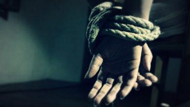 صورة شهادات مروعة يرويها مختطفون محررون.. هكذا تفعل مليشيا الحوثي بالمعتقلين