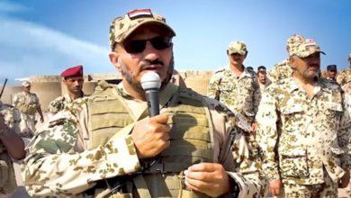 صورة طارق صالح: أعلى درجات الوقاحة أن يتحدث المنافق الحوثي عن الإنسانية