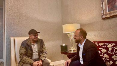 صورة في حوار ساخن.. طارق صالح يكشف تفاصيل جديدة عن زيارته لروسيا وعلاقة أحمد علي ومقتل صالح وجزيرة ميون ودعوته للحوثي والتجربة الليبية