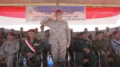 صورة اللواء طيمس: الحوثي وداعش وجهان لعملة واحدة
