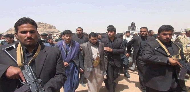 """صراع ثلاثي يضرب عمق الانقلابيين في صنعاء ويهدد عرش الحوثي """"ماذا يحدث؟"""""""