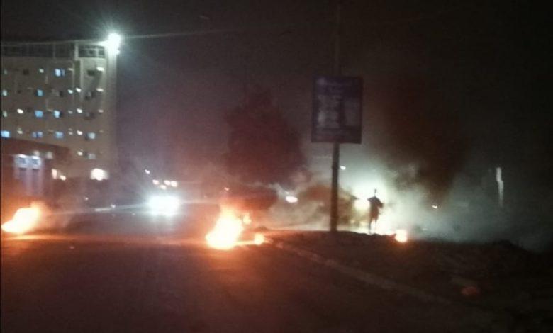 """صورة عاجل: عدن تشتعل بمظاهرات غاضبة """"صور"""""""