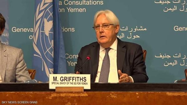 سياسيون وخبراء عسكريون يهاجمون غريفيث بعد دعوته للحكومة والانتقالي تشكيل فريق للتفاوض مع الحوثيين