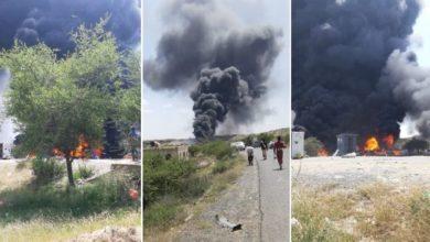 """صورة مليشيات الحوثي تُحرق وتدمر أكثر من 20 ناقلة نفط بعد احتجازها في نقطة بالبيضاء """"صور"""""""