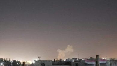 صورة مصادر: الصاروخ الباليستي الحوثي سقط على حي الروضة المأهول بالسكان بمدينة مأرب