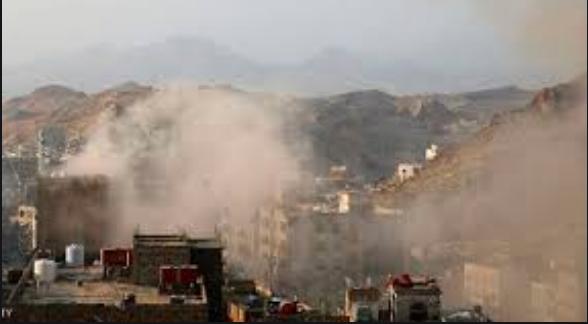 صورة المليشيات حوثية الإرهابية تقصف بشكل عشوائي منازل المدنيين جنوب شرق تعز