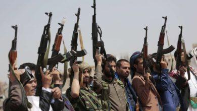 صورة ما يقوله الحوثي وما يفعله!