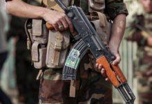 صورة حوثي يقتل والدته بعد فشله في تصفية والده بـ13 رصاصة ويصفهما بالتكفيريين