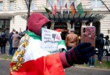 صورة مشكلة إيران… في إيران