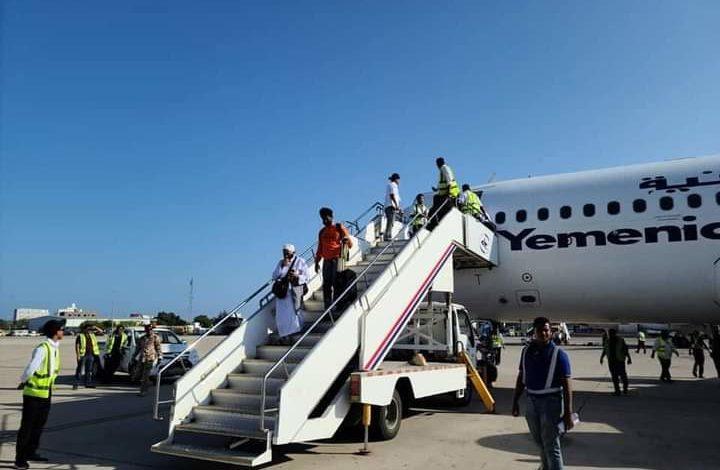 مطار عدن الدولي يستقبل أول رحلة طيران قادمة من السودان بعد الهجوم الارهابي