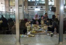 صورة محافظ البنك المركزي السابق يطالب الخبراء الدوليين بمراجعة أعماله منذ نقله إلى عدن