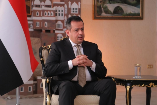صورة رئيس الوزراء: معركتنا إنهاء الانقلاب ووَضَعْنا الحلول لصرف مرتبات الجيش.. حوار
