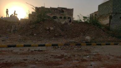صورة مليشيات الحوثي تدمر أقدم معلم تاريخي وأثري في محافظة الحديدة