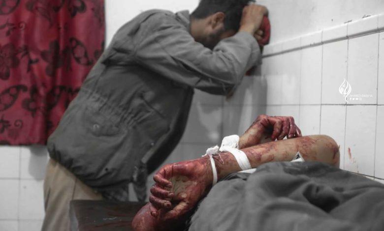 صورة مليشيات الحوثي ترد على هزائمها في تعز بارتكاب مجزرة بحق المدنيين وقصف كلية وحديقة أطفال
