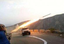 صورة مواجهات عنيفة وقصف مدفعي استهدف مواقع حوثية مستحدثة بين البيضاء وأبين