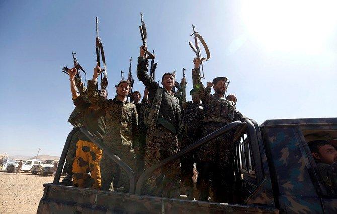 صورة مليشيات الحوثي تبدأ عملية قتالية واسعة تجاه الجوبة وأخر مديرية في مأرب وترتيبات لإنشاء مجلس عسكري
