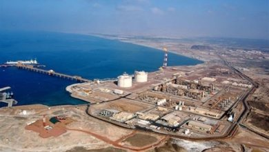 صورة ترحيب بريطاني بجهود اعادة انتاج النفط باليمن