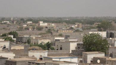 صورة الحوثيون يستهدفون احياء سكنية بالحديدة ومجمع اخوان ثابت بالقذائف