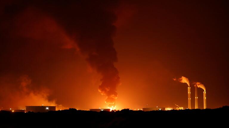 """صورة طيران الاحتلال يحرق غزة والمقاومة تستهدف عمق الاحتلال بـ""""200″ صاروخ والأمم المتحدة تؤكد: إسرائيل وحماس تتجهان نحو حرب شاملة"""