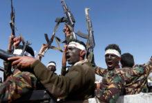 """صورة اب : مليشيا الحوثي تقيل مدير مدرسة الشعب رفض """"حوثنة"""" التعليم"""