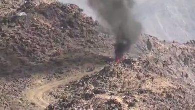 صورة انفجار عبوة ناسفة بمليشيا الحوثي اثناء تجهيزها بالضالع